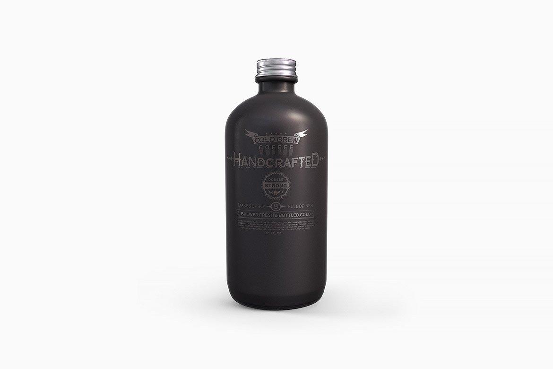 逼真干净的波士顿瓶塑料金属圆瓶PSD模型(4224)插图(3)