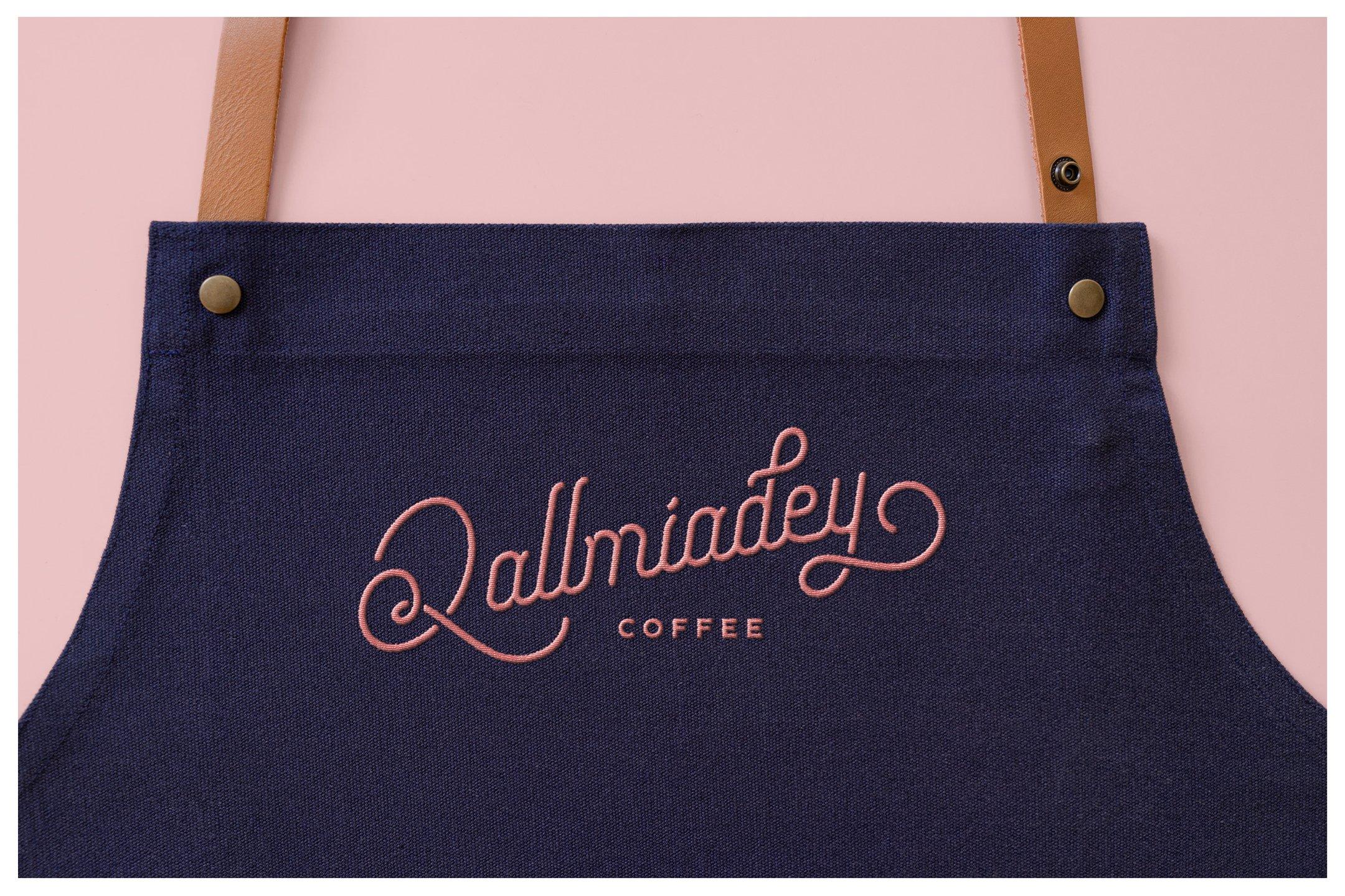 高质量纹理状织物牛仔裤胶合板围裙补丁刺绣生成PSD样机模板(4332)插图(6)